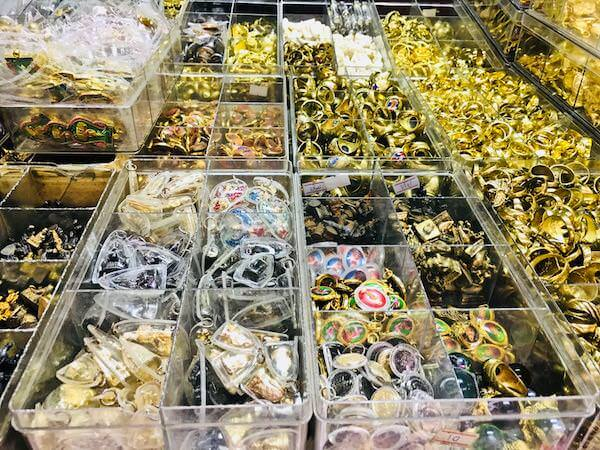 アミュレットマーケット(Amulet Market)で売られているお守り3