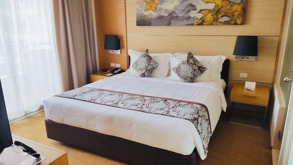 アナンタラ サトーン サトーン バンコク ホテルの客室3