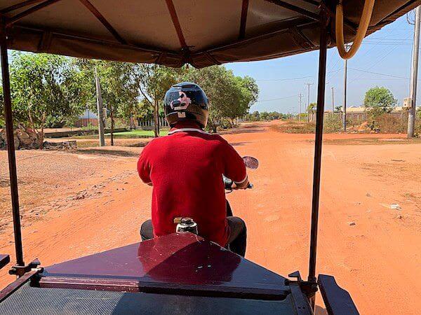 アンコール ランデブー(Angkor Rendezvous)周辺の道路