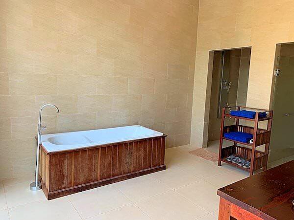 アンコール ランデブー(Angkor Rendezvous)のバスルーム