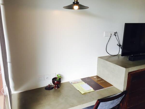 アプサラ レジデンス ホテルの書斎2