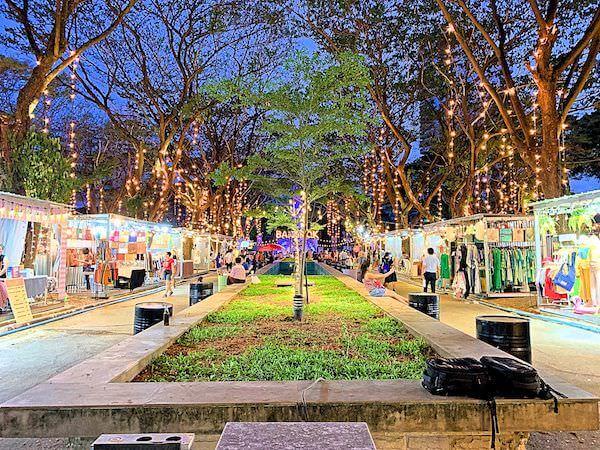 アートボックス バンコク(ArtBox Bangkok)の敷地内