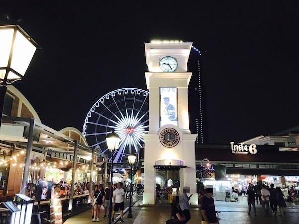 アジアティークの時計塔