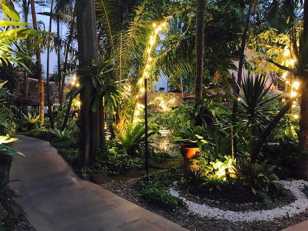 AVANI パタヤ リゾート&スパ (AVANI Pattaya Resort & Spa)の中庭1