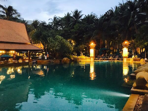 AVANI パタヤ リゾート&スパ (AVANI Pattaya Resort & Spa)のプール1