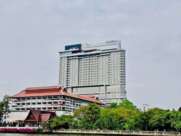アヴァニ リバーサイド バンコク ホテル(Avani Riverside Bangkok Hotel)の外観