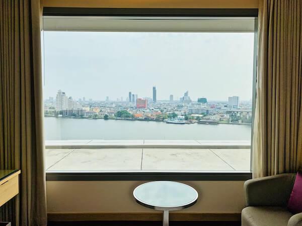 アヴァニ リバーサイド バンコク ホテル(Avani Riverside Bangkok Hotel)の客室から見える景色