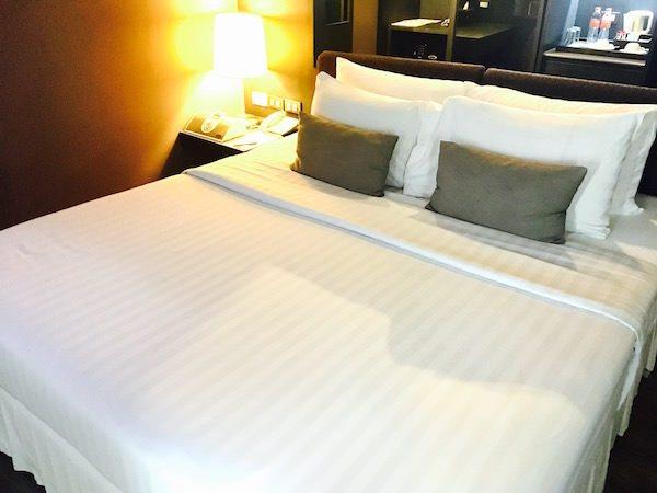 アヤ ブティック ホテル パタヤ (Aya Boutique Hotel Pattaya)のベッド