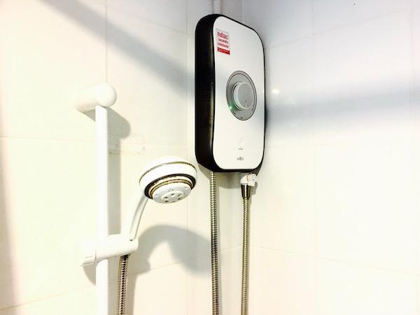 アユタヤ ホテルのシャワールーム2