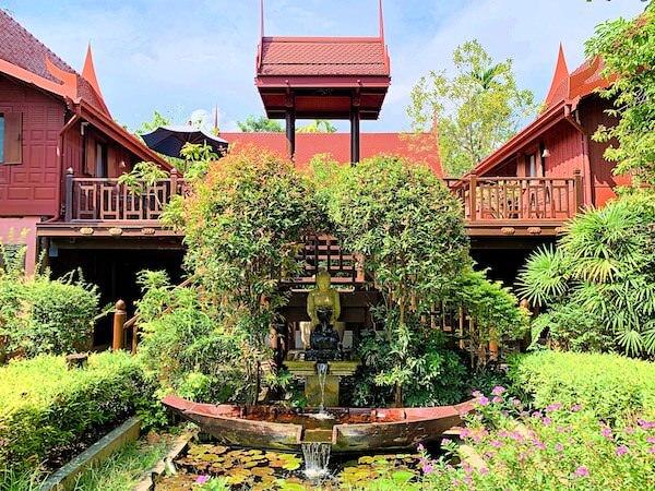 バーン アムパワ リゾート アンド スパ(Baan Amphawa Resort and Spa)の敷地内2