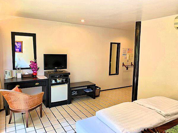 バーン アムパワ リゾート アンド スパ(Baan Amphawa Resort and Spa)のスーペリアルーム3