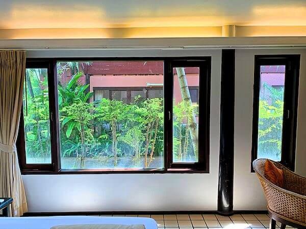 バーン アムパワ リゾート アンド スパ(Baan Amphawa Resort and Spa)の客室から見える景色