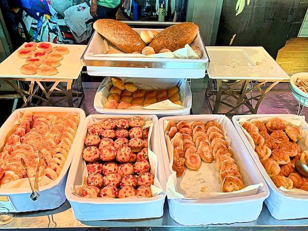 バイヨークスカイホテル(Baiyoke Sky Hotel)の朝食ビュッフェ3