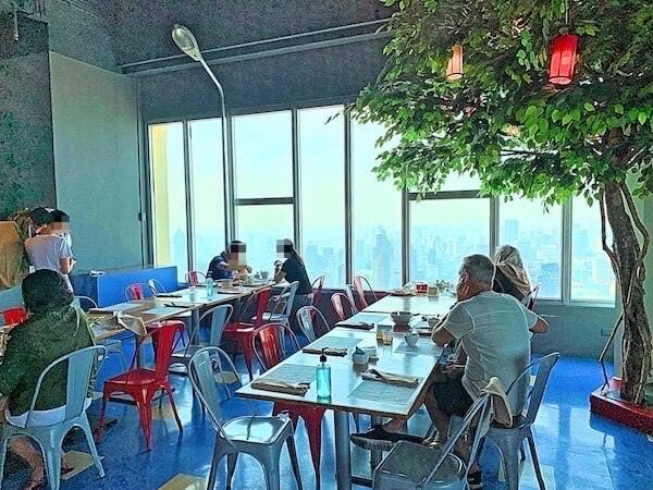 バイヨークスカイホテル(Baiyoke Sky Hotel)の朝食会場