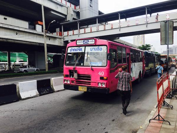 52番のバス
