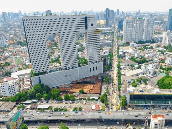 上空から見たエレファントタワー