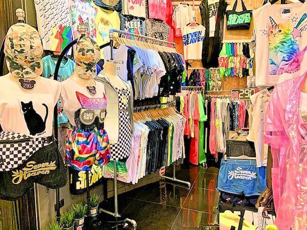 ターミナル21の東京フロアにある女性向け衣料品店