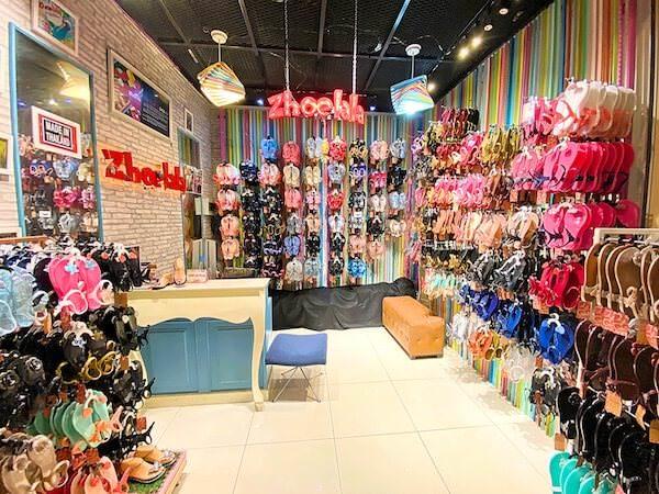 バンコクのターミナル21の3階にあるシューララ(Zhoelala)の店舗