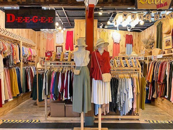 ターミナル21の女性向け衣料品店2