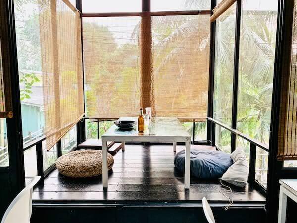 バンコク ツリー ハウス(Bangkok Tree House)の屋内席