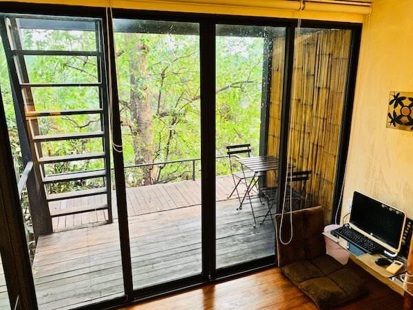 バンコク ツリー ハウス(Bangkok Tree House)2階のテラス