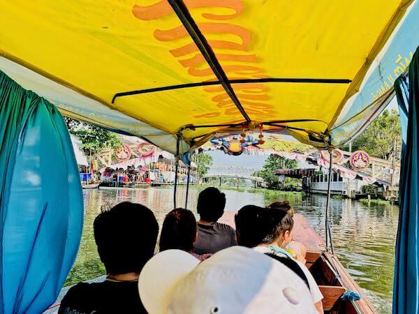 バンプリー水上マーケットのボートツアー