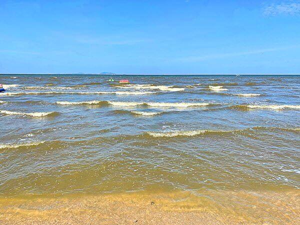 バンセンビーチの海