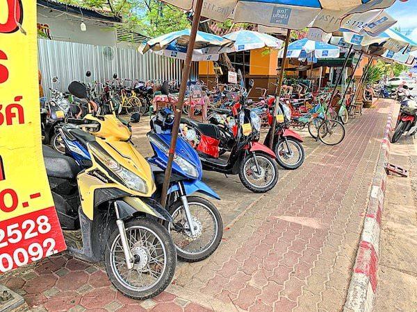 バンセンビーチにあるレンタルバイクの店