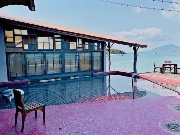 バー アンド ベッド リゾート(Bar and Bed Resort)のプール