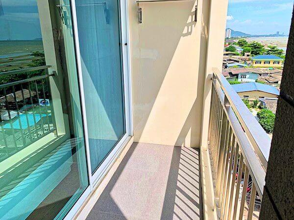 BBG シーザイド ラグジュリアス サービス アパートメント(BBG Seaside Luxurious Service Apartment)の客室バルコニー