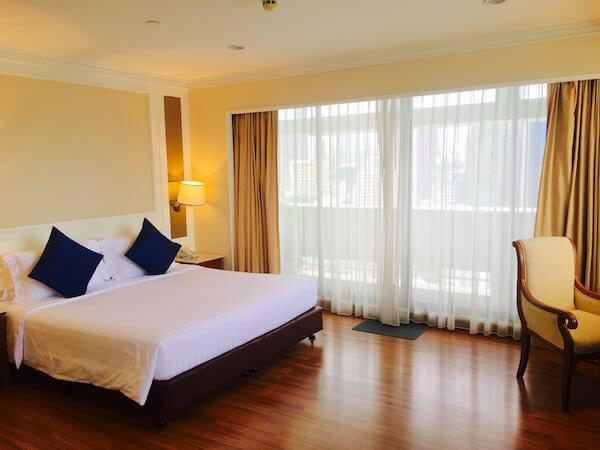 センター ポイント シーロム リバー ビュー ホテル(Centre Point Silom River View Hotel.)のベッドルーム