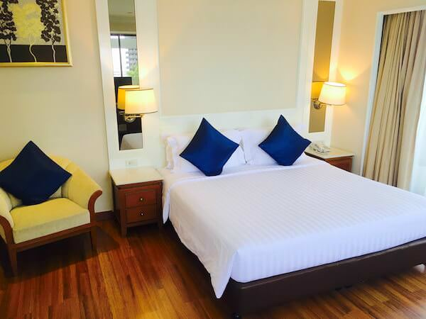 センター ポイント シーロム リバー ビュー ホテル (Centre Point Silom River View Hotel.)のベッドルーム1