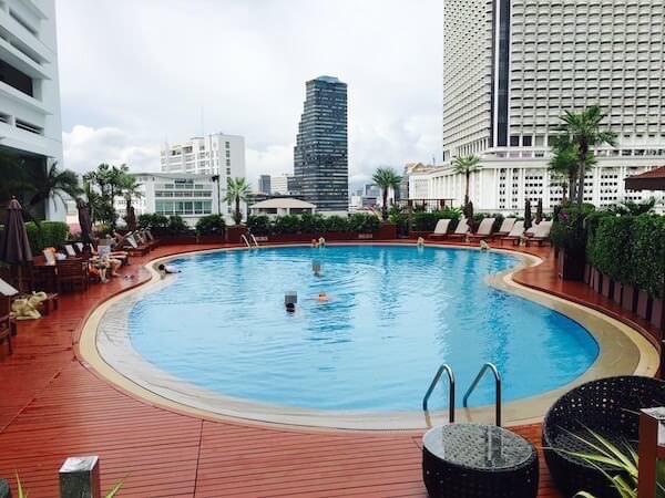 センター ポイント シーロム リバー ビュー ホテル(Centre Point Silom River View Hotel.)のプール