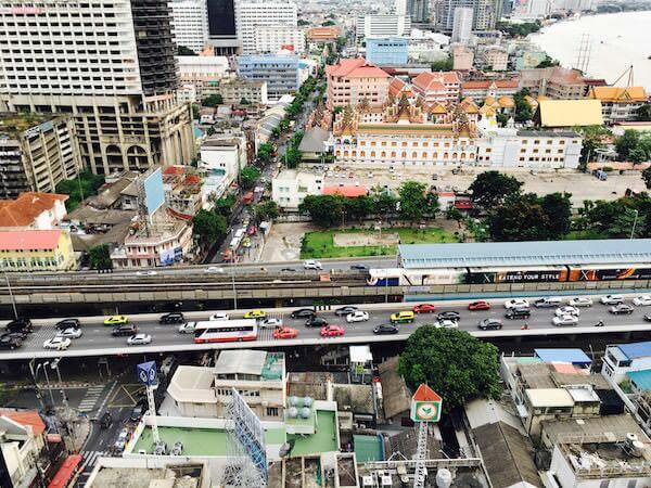 センター ポイント シーロム リバー ビュー ホテル (Centre Point Silom River View Hotel.)の客室から見える景色2