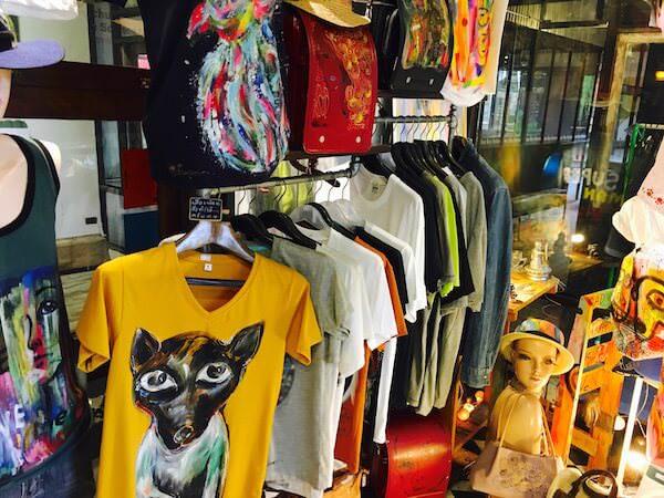 チャンチュイの衣料品店2