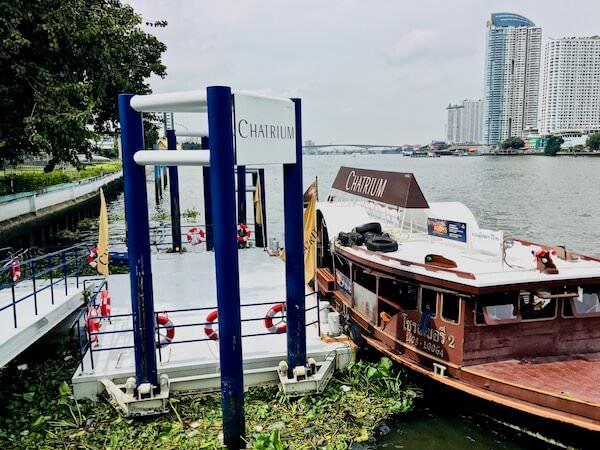 チャトリウム ホテル リバーサイド バンコク(Chatrium Hotel Riverside Bangkok)の無料送迎ボート