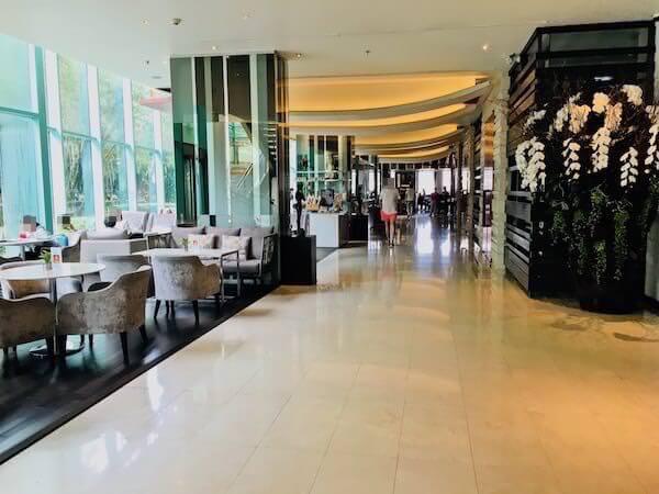 チャトリウム ホテル リバーサイド バンコク (Chatrium Hotel Riverside Bangkok)のエントランスロビー