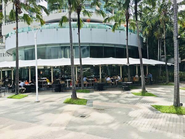 チャトリウム ホテル リバーサイド バンコク (Chatrium Hotel Riverside Bangkok)のリバービューレストラン1