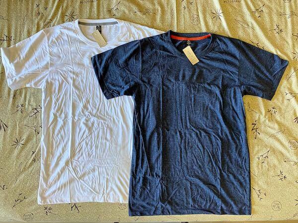 チャトゥチャックウィークエンドマーケットのJust-Tで購入した無地Tシャツ