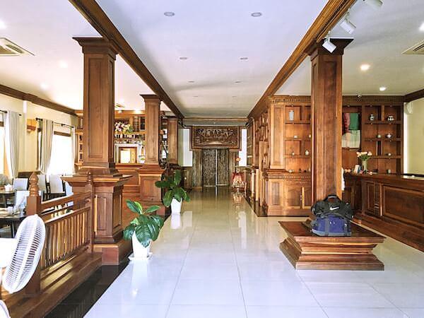 チャイラ アンコール ホテル (Chayra Angkor Hotel)のエントランスロビー