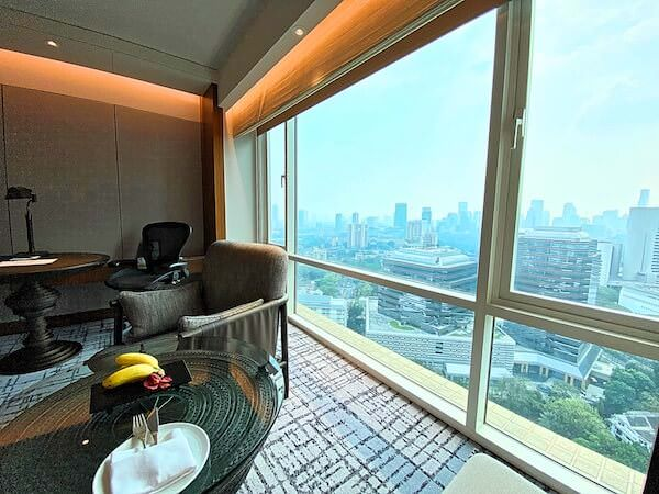 コンラッド バンコク(Conrad Bangkok)の客室窓