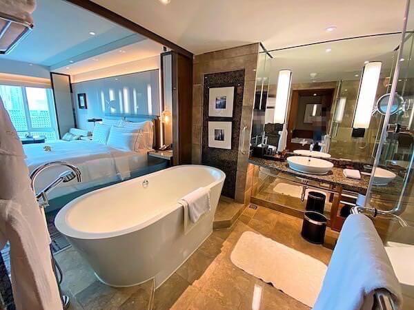 コンラッド バンコク(Conrad Bangkok)のバスルーム1