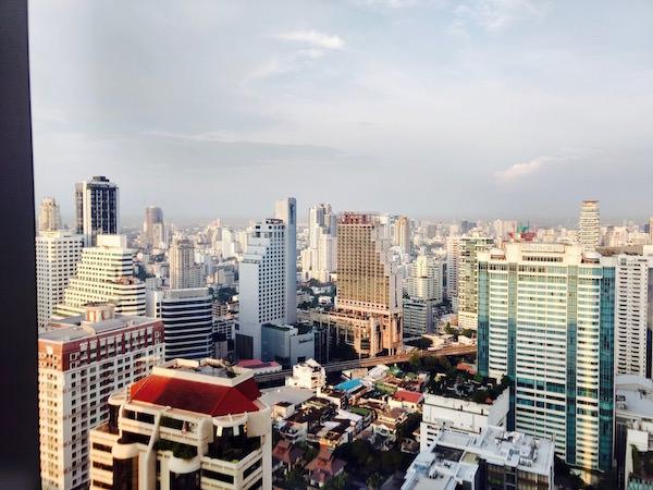 コラム バンコク スクンビット(Column Bangkok)のバルコニーからの眺め