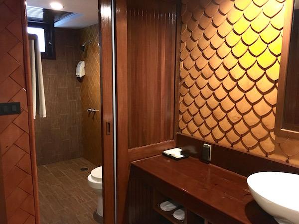 ダン ドゥーム ホテルのシャワールーム1