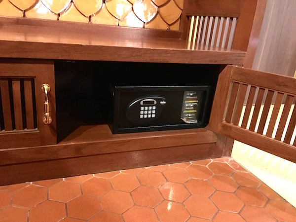 ダン ドゥーム ホテルのセーフティボックス