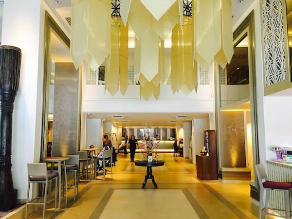 ドゥシット プリンセス チェンマイ ホテル(Dusit Princess Chiang Mai Hotel)のエントランスロビー