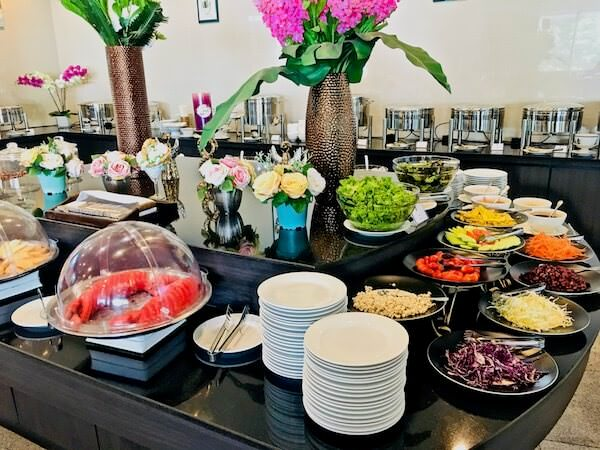 フォーチュン ラジュプルーク ホテル (Fortune Rajpruek Hotel)の朝食ビュッフェ