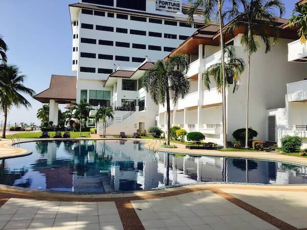 フォーチュン リバー ビュー ホテル ナコーン パノム (Fortune River View Hotel Nakhon Phanom)の外観