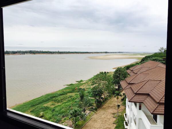 フォーチュン リバー ビュー ホテル ナコーン パノム (Fortune River View Hotel Nakhon Phanom)の客室から見えるメコン川