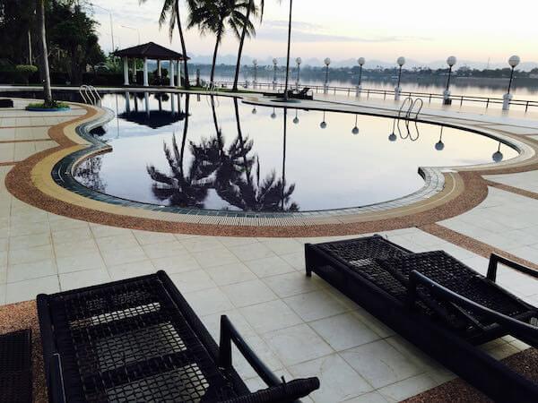 フォーチュン リバー ビュー ホテル ナコーン パノム (Fortune River View Hotel Nakhon Phanom)のプール